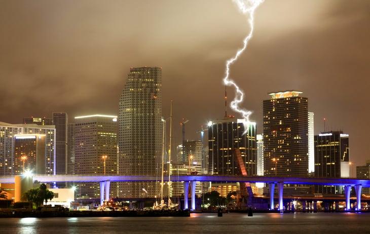 thunderstorm lightning in Miami, Florida
