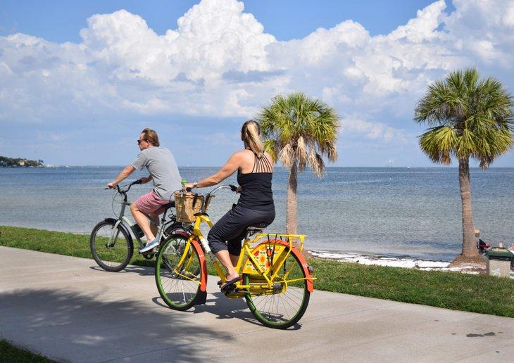 Couple on bikes in St. Petersburg Florida