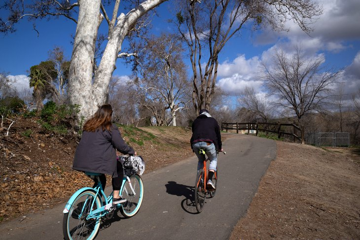 Couple on bikes in Bakersfield, California