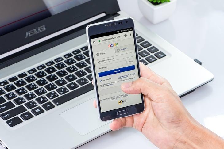 Chonlachai / Shutterstock.com