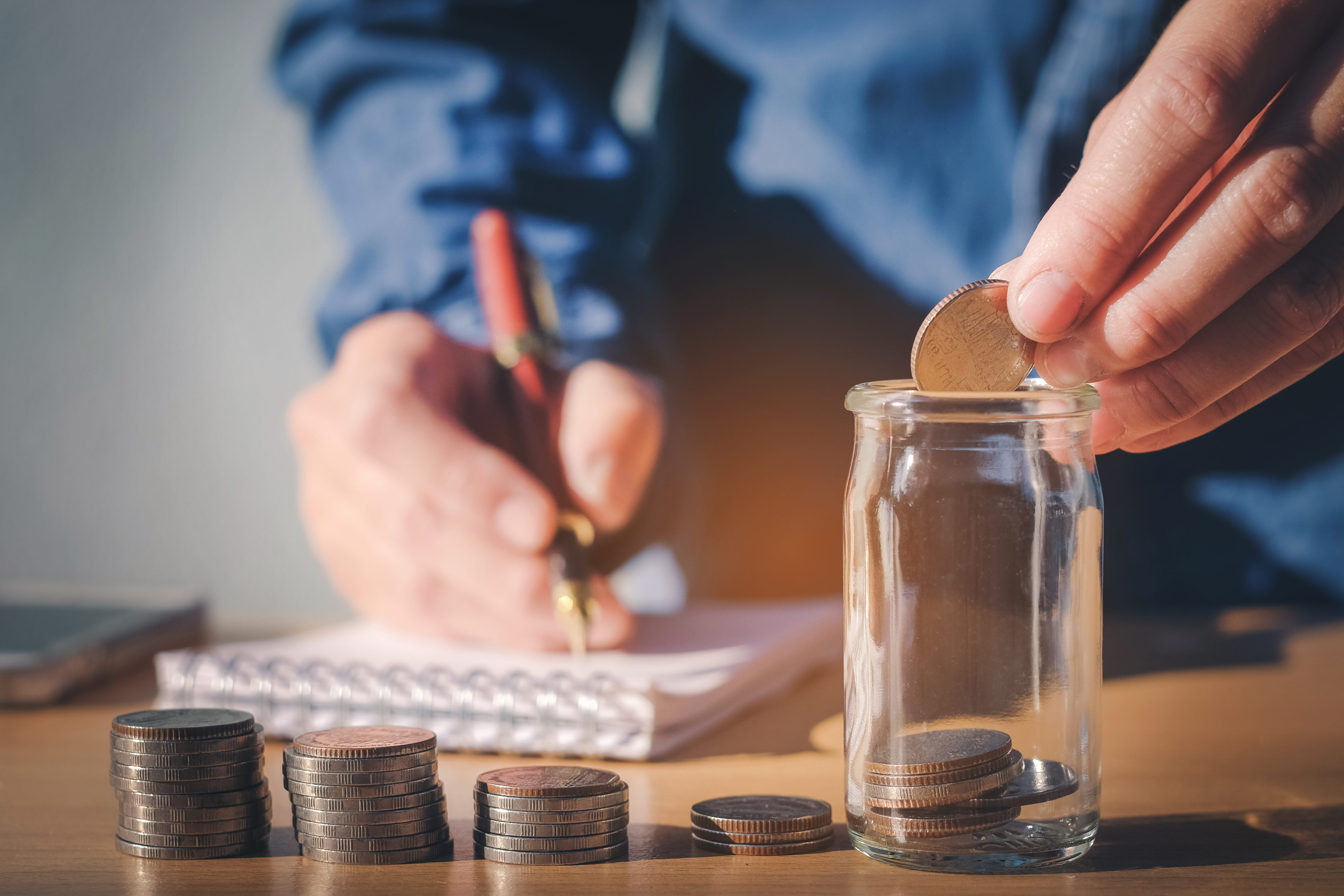11 Tips for Building Your Savings Despite a Low Income ...