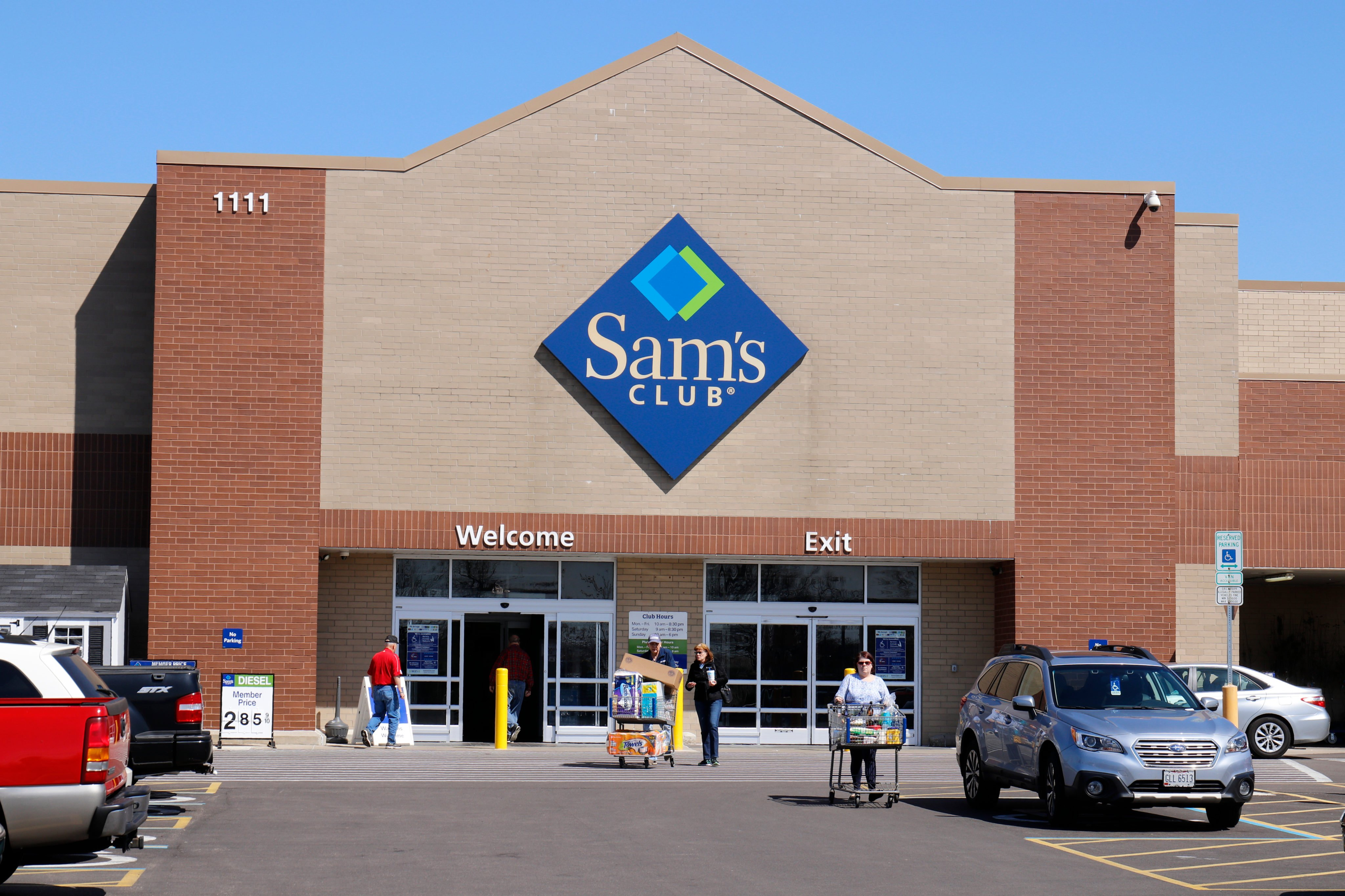 How to Shop at Sam s Club Without a Membership  f3d48a81c