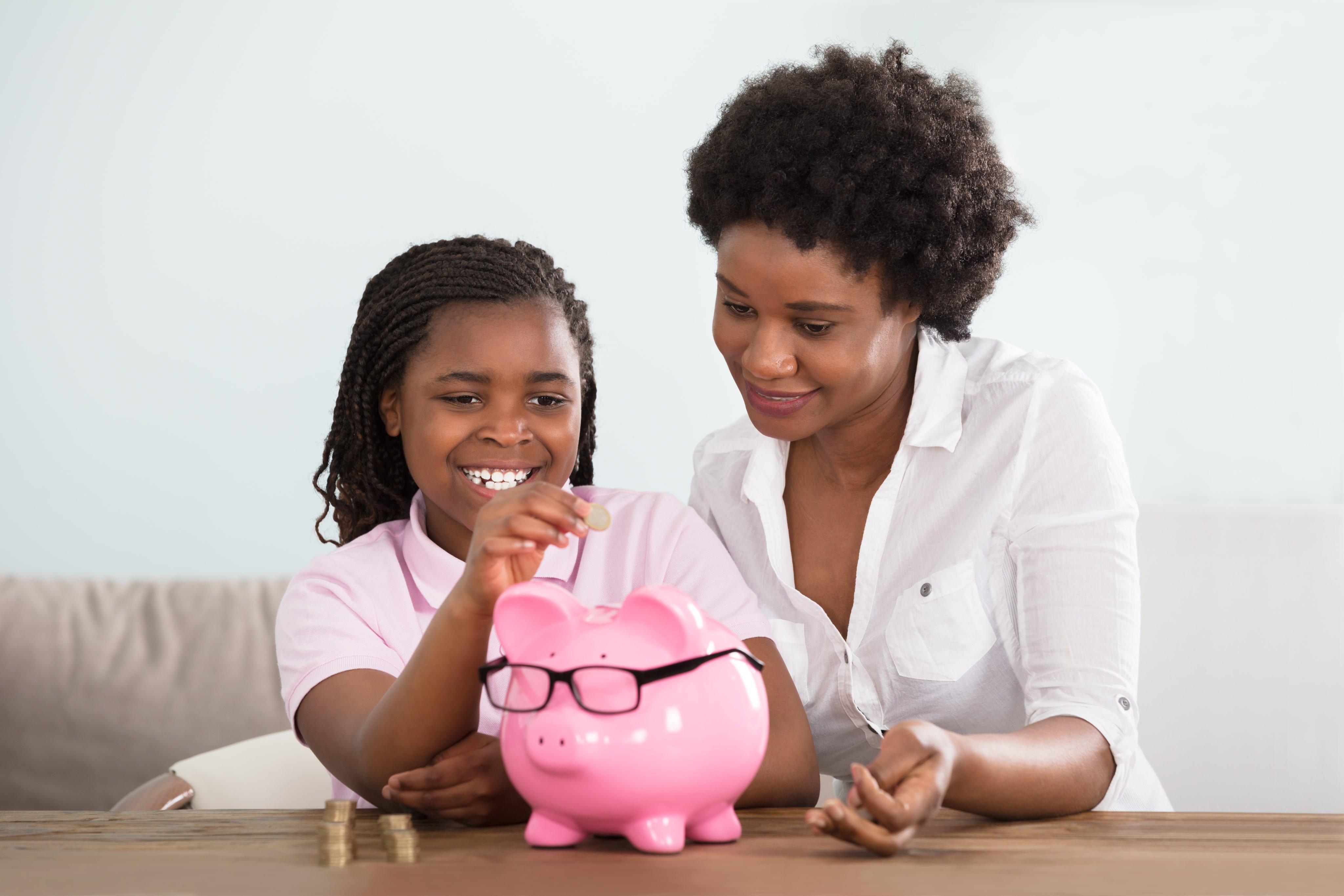 10 Influential Money Lessons From Mom
