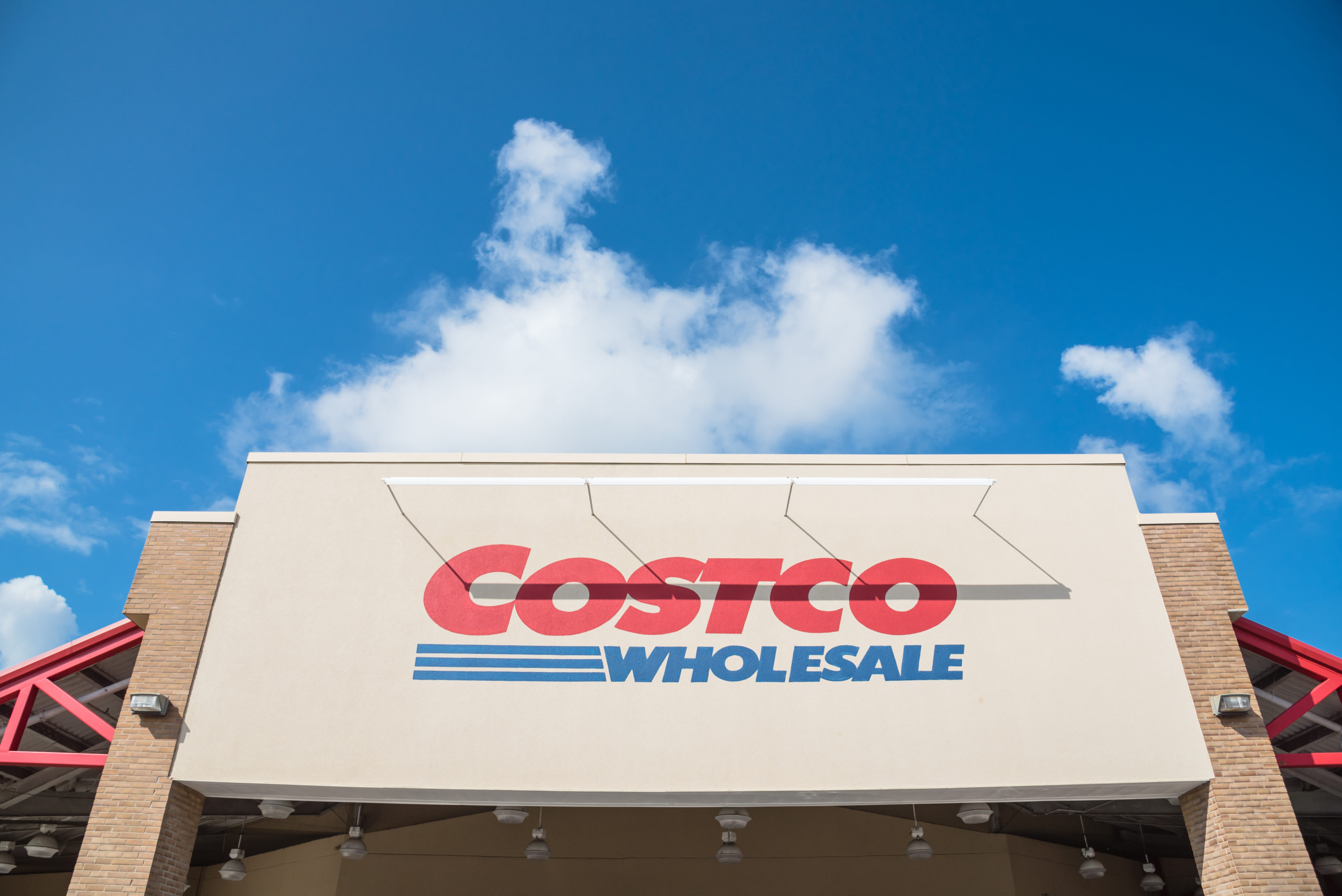 How To Score A Free 25 Costco Gift Card This Month Money Talks News