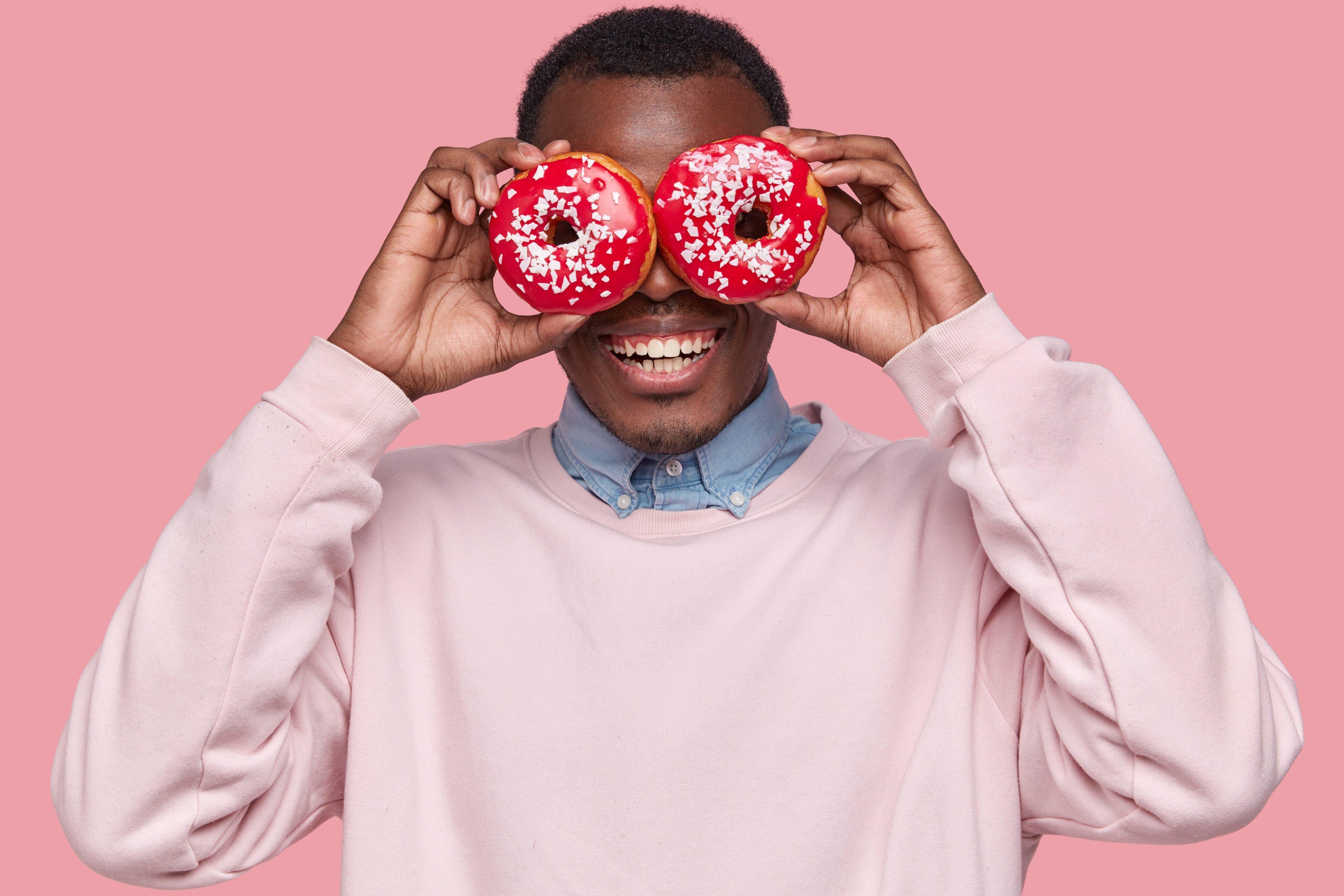 Money talks donut shop