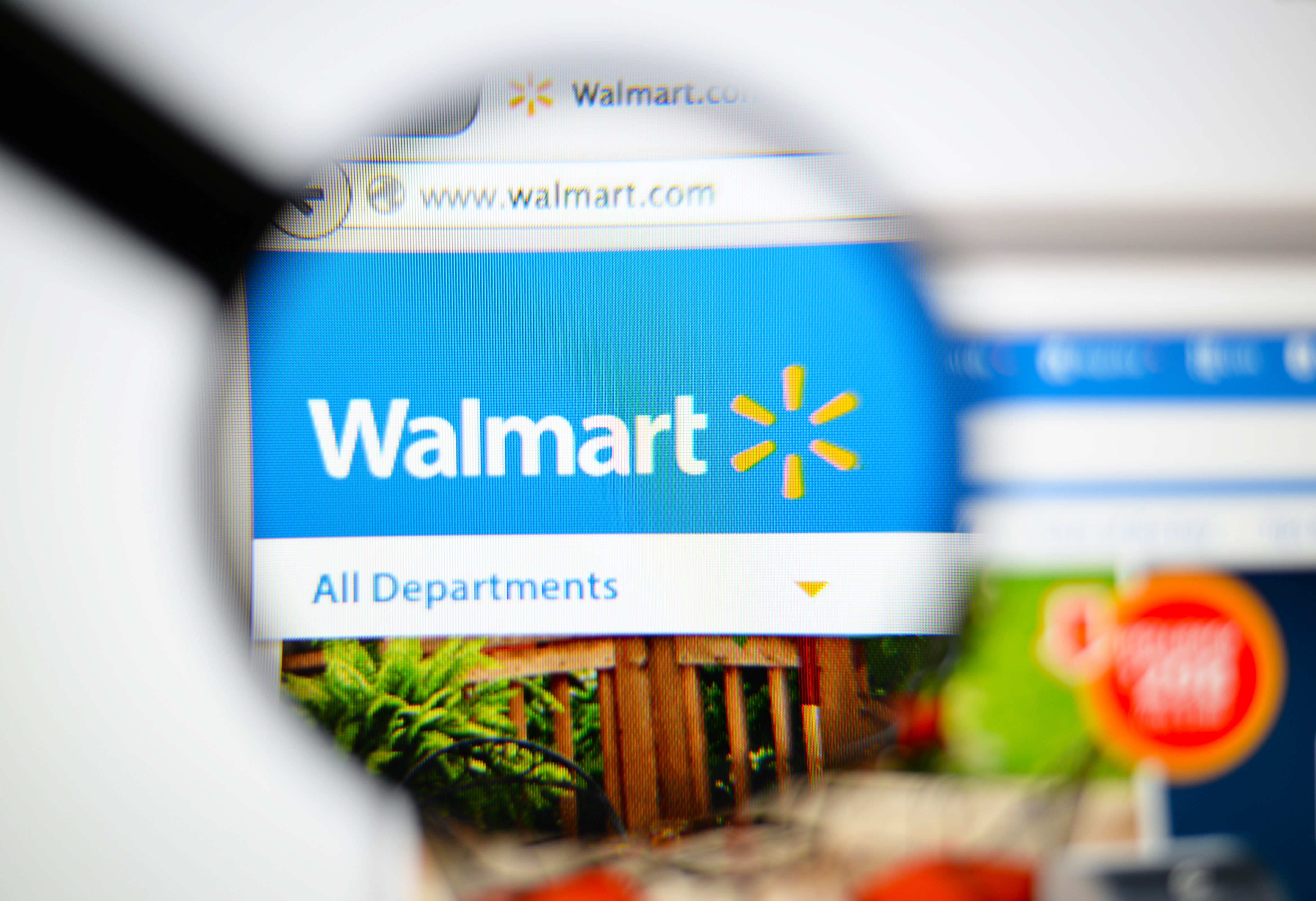 performance standards of walmart How to conduct employee evaluations performance standards performance standards describe what you want workers in a particular job.